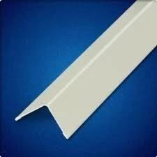Cantoneira PVC com 3,00 e 6,00 m ml de comprimento - Acabamento lateral ou de quina de forro PVC: Disponível na cor branca