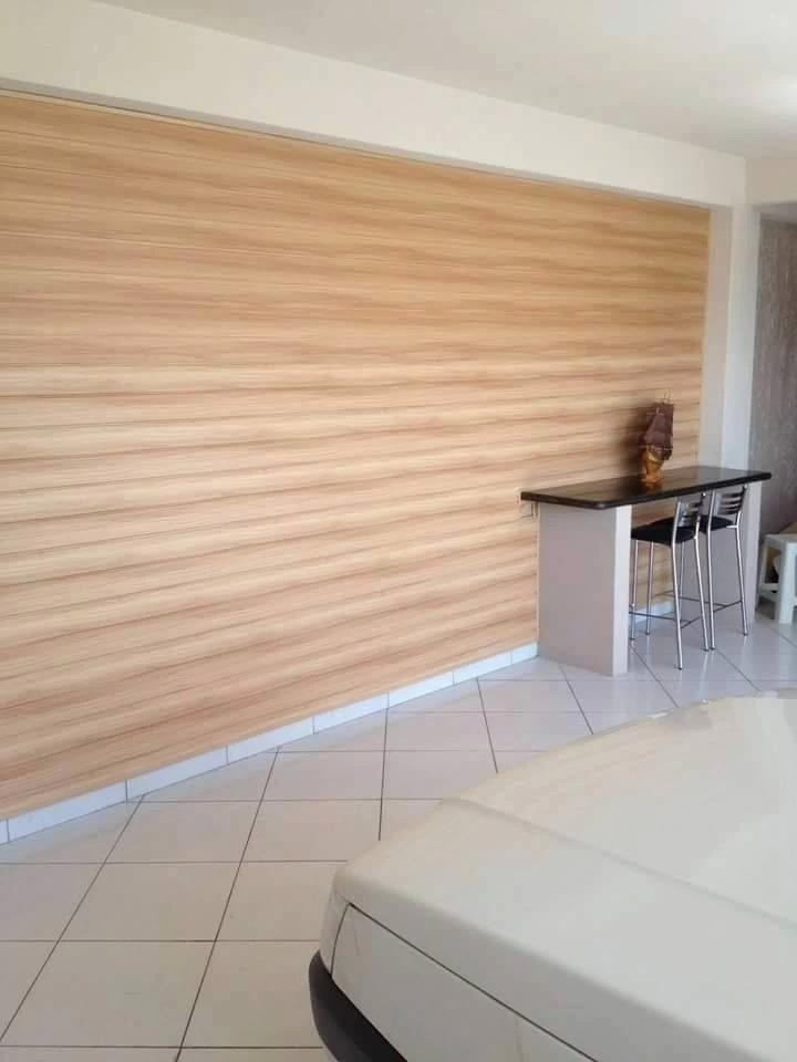 Forro PVC madeira laminado Cedro Rosa